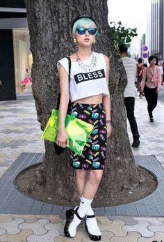 Harajuku: I love this shirt and skirt combo!