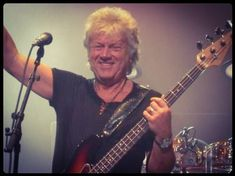 John is all smiles DC show 2010 Justin Hayward, Blue C, Moody Blues, All Smiles, Pink Floyd, Lodges, Image, Music, Musica