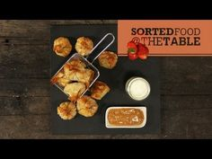 SortedFood makes Banoffee Bites, a deconstructed version of a classic (and delicious) English dessert made from bananas and toffee. Fun Baking Recipes, Sweet Recipes, Snack Recipes, Healthy Recipes, Snacks, Filo Parcels, English Desserts, Banoffee Pie, Great Desserts