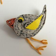 uccellini in carta trattata da adattare come spille o calamite