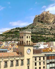 Asómate y disfruta de estas vistas 😍 #MifotoAlicante #AlicanteCity #Alicante #CostaBlanca Big Ben, Building, Travel, Instagram, Viajes, Buildings, Traveling, Trips, Tourism