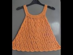 Crochet Baby Dress Pattern, Crochet Baby Clothes, Crochet Blouse, Moda Crochet, Crochet Skirts, Crochet Videos, Baby Sweaters, Crochet For Kids, Beautiful Crochet
