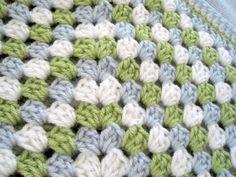Häkeln Sie Baby Decke blau grün weiß Oma Quadrat von ArrayOfCrochet