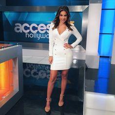 STUART WEITZMAN | White hot: Access Hollywood correspondent Liz Hernandez #inourshoes. #NUDIST Shoes. Sandals. Stilettos. Heels. Fashion. Style. Outfit of the day. Celebrity style. Shoe porn. SHOP NOW: http://sweitzman.com/SWNudist