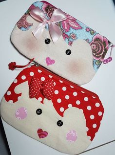 Fabric Handbags, Fabric Bags, Fabric Dolls, Fabric Scraps, Sewing Crafts, Sewing Projects, Applique Cushions, Bunny Bags, Leather Diy Crafts