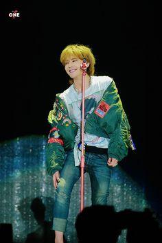 71230 G-Dragon - Last Dance in Seoul Daesung, Vip Bigbang, G Dragon Cute, G Dragon Top, G Dragon Crooked, Choi Seung Hyun, Fandom, Jiyong, G Dargon
