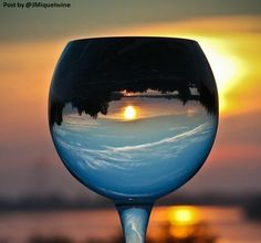 The WORLD is BEAUTIFUL... Especially through #WINE.... img https://www.flickr.com/photos/venkane/