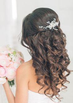 Featured Hairstyle: Elstile; www.elstile.com
