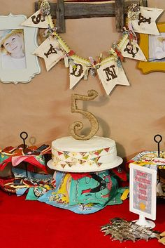 vintage/retro cowgirl party by https://www.facebook.com/FashionablyBaked