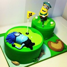 Minions Bad Shot Cake this is really neat for those who like to golf Crazy Cakes, Fancy Cakes, Fondant Cakes, Cupcake Cakes, Cupcakes, Despicable Me Cake, Minion Cakes, Minions, Movie Cakes