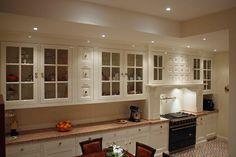 Prachtige keuken engelse stijl te Apeldoorn. Een handgemaakte massieve keuken met unieke keukendetails!