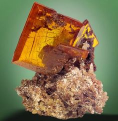 Wulfenite http://criticalshadows.com/chatrooms/crystals/