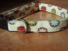 MOD SQUAD Retro Vintage Fabric Dot Flower Organic by veryvintage, $10.50