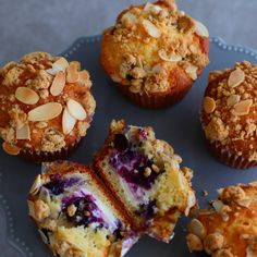 Healthy Baking, Deli, Quiche, Muffins, Deserts, Food And Drink, Cupcakes, Sweets, Bread