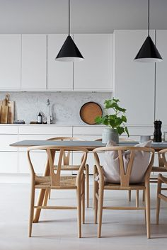 A stunning kitchen diner - Is To Me