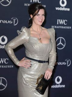 Curvy Celebrities, Celebs, Hot Figure Skaters, Figure Skating, Witt Katarina, Curvy Women Outfits, Clothes For Women, Katharina Witt, Girl With Curves