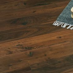 Parkett Valnøtt Wideplank Old fashion Hardwood Floors, Flooring, Home Collections, New Homes, Fashion, Wood Floor Tiles, Moda, Wood Flooring, Fashion Styles