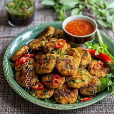 Thai Fish Cakes, Cake Recept, Chili, Fishcakes, Zeina, Vindaloo, Curry, Fish And Seafood, Meals For The Week