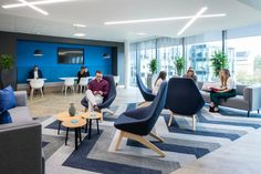 Office design for JDA in Bracknell – corporate style Corporate Office Design, Corporate Style, Modern Office Design, Contemporary Office, Office Interior Design, Office Interiors, Corporate Offices, Office Open Plan, Office Fit Out