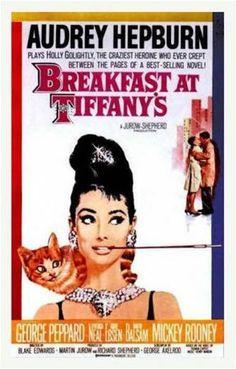 Desayuno con Diamantes, 1961, Blake Edwards.    Audrey Hepburn dijo que la escena en la que abandona el gatito bajo la lluvia fue la más dura de su carrera.