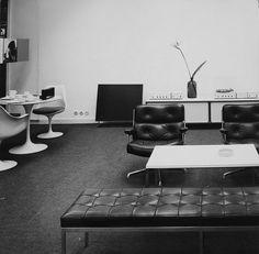 """20cmodern: """"Braun's Frankfurt office, circa 1960, taken by by Braun's exhibition designer/photographer/graphic designer Hans G. Conrad. From my dead blog thenorthelevation. #eames #Saarinen #FlorenceKnoll #DieterRams #Knoll #Braun #HermanMiller"""" by @roanbarrion on Instagram http://ift.tt/1Q7bitd"""