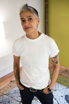 an aged butch. that's jus' as hot. Butch Fashion, Queer Fashion, Tomboy Fashion, Estilo Butch, Estilo Tomboy, Tomboy Swag, Tomboy Style, Androgynous People, Androgynous Fashion