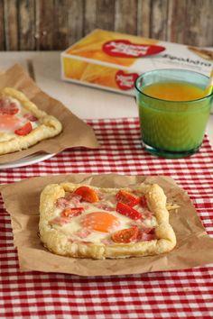 The one with all the tastes | Εύκολες πίτες με αυγά και μπέικον
