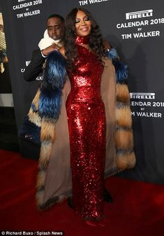Naomi Campbell's fabulous diva ways were shown to full effect as she put in a showstopping appearance at thePirelli Calendar reception and gala dinner in New York on Friday.
