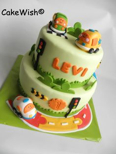 V-Tech Toet toet cars 1st Birthday Party Themes, Birthday Cake, Car Cakes, 1 An, Cake Decorations, Transportation, Birthdays, Party Ideas, Children