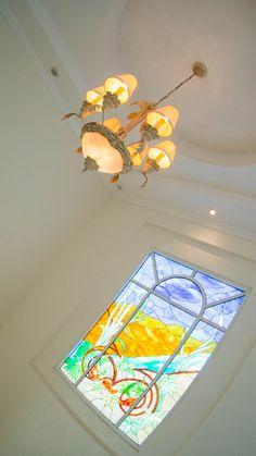 Lujosa y amplia casa en Isla alegre, dentro de Isla Dorada en la Zona Hotelera de Cancún. #CostaRealty vitral.
