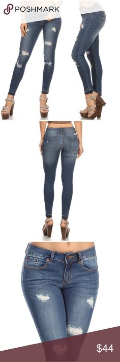 🆕 Raw Hem Skinny Jeans Mid rise, skinny denim jeans with destruction and raw cut hem, contrast stitching, light wash and whiskers, belt loops, zipper and button closure. Fabric : 75 % COTTON, 22 % POLYESTER, 3 % SPANDEX Jeans Skinny