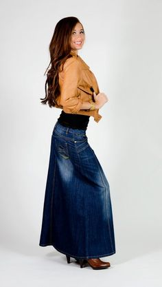 Sun-Kissed Petite Denim Skirt