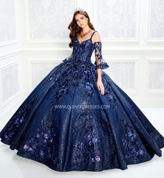 Blue Ball Gowns, Ball Gown Dresses, 15 Dresses, Pretty Dresses, Beautiful Dresses, Fashion Dresses, Corset Dresses, Dress Prom, Dress Lace