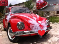 decorazioni auto sposi - Cerca con Google Wedding Car Decorations, Wedding Cars, Bridal Car, Cute Cars, Vintage Bridal, Just Married, Antique Cars, Wedding Photos, Wedding Dresses