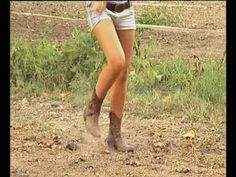 COUNTRY LA POLKA DEL FAR WEST OFFICIAL VIDEO.wmv - YouTube