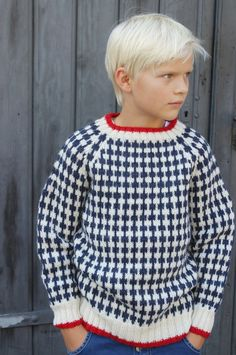 Browse all products in the Strik til piger og drenge, unisex category from Stines varehus . Knitting For Kids, Baby Knitting Patterns, Crochet For Kids, Knit Crochet, Boys Sweaters, Winter Sweaters, Christmas Sweaters, Men Sweater, Baby Pullover