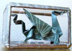 Ars Origami's Dragon in Vitrage. LIke us on www.facebook.com/ArsOrigami
