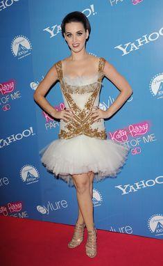 Katy walks the pink carpet in London!