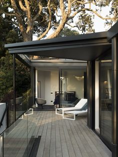 Image 16 of 23 from gallery of Herne Bay Hideaway / Lloyd Hartley Architects. Photograph by David Straight Timber Slats, Long Driveways, Outdoor Living, Outdoor Decor, House And Home Magazine, Architect Design, Cladding, House Tours, Interior And Exterior