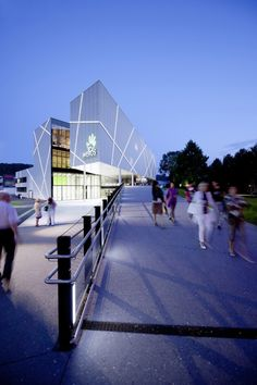The Welios Science Center in Wels, Austria is dedicated to teaching adults and children about renewable energy and energy efficiency and leads by example with its energy efficient design. Mall Design, Science Museum, Education Center, Renewable Energy, Austria, Interior Architecture, Exterior, City, Building