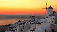 santorini, greece!! I want to go here so bad!