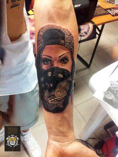 Bandoleras  #tattoo #tattooist #blackandgrey #realtattoo #tatuaggiotealistico www.pullmaxart.com
