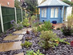 Summerhouse installed, Indian stone stepping stone path through planted area mulched with plum slate chippings over membrane Front Garden Path, Front Path, Front Gardens, Small Gardens, Garden Paths, Slate Garden, Gravel Garden, Garden Stones, Patio Design