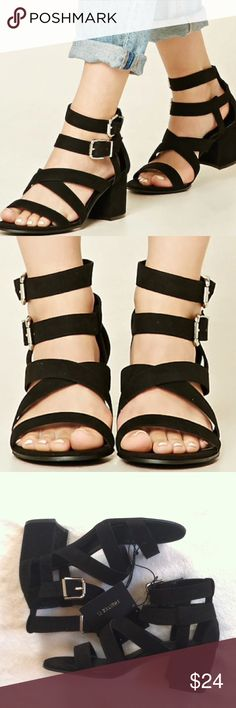 NWT Forever 21 sandals heels Size 5 •New with tag •Faux suede sandals •Heel height: 2.5 inches •2 buckles around the ankle •Color: Black •Brand: Forever 21 •Size: 5 •NO TRADES Forever 21 Shoes Sandals
