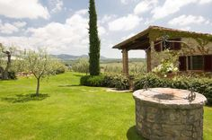 With wishing well - VILLA SOLATIO Rent Villa in Siena area