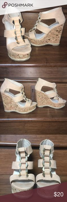 🛍Gold Fleck Aldo wedges🛍 Only worn twice! 5.5inch high girly blush pink suede on a gold flecked cork wedge with hemp lining accent finished with a spunky gold buckle braid down the center. These shoes are perfect for the classy girl who wants to make a sassy statement! Beautiful condition! Only flaws are mysterious yellow stains on braids with barely there dirt marks (Pictured). Perfect for Summer nights out or wedding szn(: Aldo Shoes Wedges