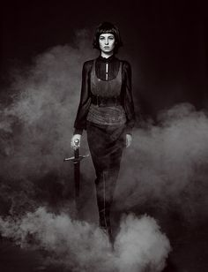 """The Look: Joan of Arc - """"Aut cum scuto, aut in scuto"""" by Andrey Yakovlev and Lili Aleeva. Saint Joan Of Arc, St Joan, Fantasy Photography, Photography Women, Conceptual Photography, Spartan Women, Prince Charmant, Female Knight, Lady Knight"""
