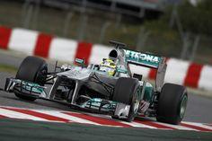 Nico Rosberg on track (Barcelona, 03-03-2013)