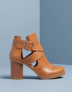 HIGH HEEL CUT OUT ANKLE BOOTS