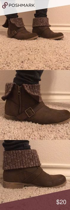 Short brown booties Brown with sweater fabric on top. Boots zip up on the side for a comfortable fit. Size 8.5 (I usually wear an 8.5 to 9 and these for perfectly) Rocket Dog Shoes Ankle Boots & Booties
